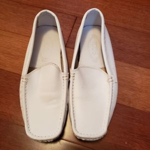 ⚡⏬White Leather Loafers